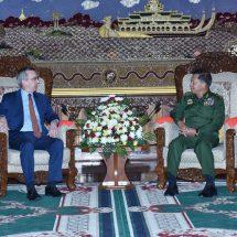 Senior General Min Aung Hlaing receives US Ambassador