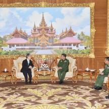 Senior General Min Aung Hlaing receives Ambassador of Singapore to Myanmar