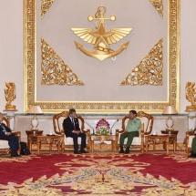 Senior General Min Aung Hlaing receives Singaporean Minister of Foreign Affairs H.E. Mr. Vivian Balakrishnan