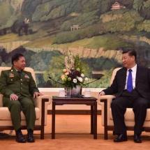 တပ်မတော်ကာကွယ်ရေးဦးစီးချုပ် ဗိုလ်ချုပ်မှူးကြီး မင်းအောင်လှိုင် တရုတ် ပြည်သူ့သမ္မတနိုင်ငံသမ္မတ Mr. Xi Jinping နှင့် တွေ့ဆုံဆွေးနွေး