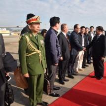 တပ်မတော်ကာကွယ်ရေးဦးစီးချုပ် ဗိုလ်ချုပ်မှူးကြီး မင်းအောင်လှိုင် ဦးဆောင်သည့် မြန်မာ့တပ်မတော် ချစ်ကြည်ရေးကိုယ်စားလှယ်အဖွဲ့ ပြန်လည်ရောက်ရှိ