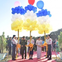 Senior General Min Aung Hlaing attends opening of booth to commemorate 70th anniversary of Tatmadaw (Air)