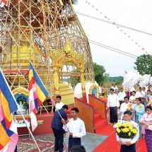 Hoisting golden umbrella, consecration held at Myaynitaung Pagoda