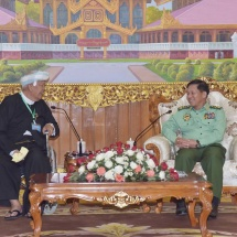 Senior General Min Aung Hlaing receives Chairman of people's militia (transformed) (local) of Pa-O peace group (PNO) U Aung Hkam Hti and party