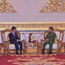တပ်မတော်ကာကွယ်ရေးဦးစီးချုပ် ဗိုလ်ချုပ်မှူးကြီး မင်းအောင်လှိုင် ဂျပန်နိုင်ငံ၊ နိုင်ငံခြားရေးဝန်ကြီး H.E. Mr.Taro KONO အား လက်ခံတွေ့ဆုံ