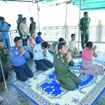 Senior General Min Aung Hlaing pays homage to Myatshinmaw Pagoda, views construction of Annawashinmaw Pagoda