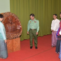 Ceremony to donate sculpture of Senior General Min Aung Hlaing in honour of 73rd Anniversary Armed Forces Day held