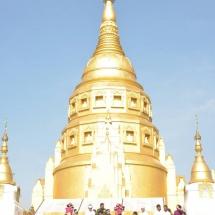 Senior General Min Aung Hlaing pays homage to Kaunghmulon, Maha Tezawunta Shwezigon, Maha Tezawunta Shwedagon pagodas in Machanbaw Township, Putao District