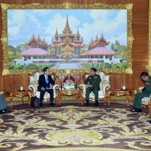 Senior General Min Aung Hlaing receives outgoing Japanese ambassador