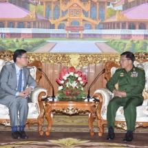 တပ်မတော်ကာကွယ်ရေးဦးစီးချုပ် ဗိုလ်ချုပ်မှူးကြီး မင်းအောင်လှိုင် မြန်မာနိုင်ငံဆိုင်ရာ တရုတ်နိုင်ငံ သံအမတ်ကြီးအားလက်ခံတွေ့ဆုံ