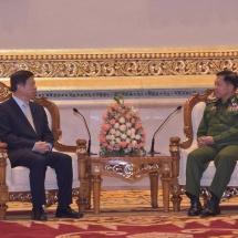 တပ်မတော်ကာကွယ်ရေးဦးစီးချုပ် ဗိုလ်ချုပ်မှူးကြီး မင်းအောင်လှိုင် တရုတ်ပြည်သူ့သမ္မတနိုင်ငံ၊ ကွန်မြူနစ်ပါတီ၊ နိုင်ငံတကာဆက်ဆံရေးဝန်ကြီး H.E. Mr. Song Tao အား လက်ခံတွေ့ဆုံ