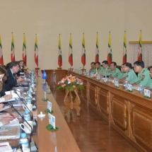 Senior General Min Aung Hlaing holds talks with permanent envoys of UNSC