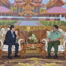 တပ်မတော်ကာကွယ်ရေးဦးစီးချုပ် ဗိုလ်ချုပ်မှူးကြီး မင်းအောင်လှိုင် မြန်မာနိုင်ငံဆိုင်ရာ ဂျပန်နိုင်ငံသံအမတ်ကြီး H.E. Mr. Ichiro MARUYAMA အား လက်ခံတွေ့ဆုံ
