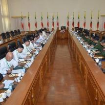 တပ်မတော်ကာကွယ်ရေးဦးစီးချုပ် ဗိုလ်ချုပ်မှူးကြီး မင်းအောင်လှိုင် မြန်မာနိုင်ငံသတင်းမီဒီယာ ကောင်စီဝင်များနှင့် နေပြည်တော်ရှိ ဘုရင့်နောင်ရိပ်သာ ဧည့်ခန်းမဆောင်၌ ရင်းရင်းနှီးနှီး တွေ့ဆုံဆွေနွေး