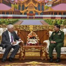 တပ်မတော်ကာကွယ်ရေးဦးစီးချုပ် ဗိုလ်ချုပ်မှူးကြီးမင်းအောင်လှိုင်ရုရှားဖက်ဒရေးရှင်းနိုင်ငံ၊ အောက်လွှတ်တော်၊ နိုင်ငံတကာရေးရာကော်မတီ၏ ဒုတိယဥက္ကဋ္ဌ Mr.ALEXEI CHEPA ဦးဆောင်သောကိုယ်စားလှယ်အဖွဲ့အားလက်ခံ တွေ့ဆုံ