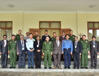 Senior General Min Aung Hlaing receives a group led by Patron U Mann Bahadur of All Myanmar Gurkha Hindu Dhamma Organization