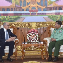 Senior General Min Aung Hlaing receives Secretary of Ministry of External Affairs of India H.E. Mr. Vijay Gokhale