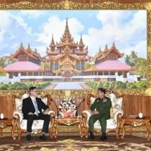 တပ်မတော်ကာကွယ်ရေးဦးစီးချုပ် ဗိုလ်ချုပ်မှူးကြီး မင်းအောင်လှိုင် မြန်မာနိုင်ငံဆိုင်ရာ အစ္စရေးနိုင်ငံ သံအမတ်ကြီး H.E. Mr. Ronen Gilor အားလက်ခံတွေ့ဆုံ