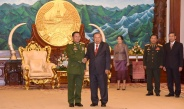 Senior General Min Aung Hlaing calls on Laotian President H.E. Mr. Bounnhang VORACHITH