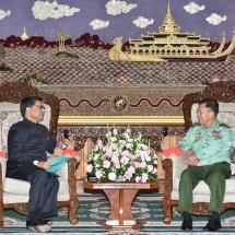 တပ်မတော်ကာကွယ်ရေးဦးစီးချုပ် ဗိုလ်ချုပ်မှူးကြီးမင်းအောင်လှိုင် မြန်မာနိုင်ငံဆိုင်ရာ အိန္ဒိယနိုင်ငံ သံအမတ်ကြီး H.E. Mr. Vikram Misri အား လက်ခံတွေ့ဆုံ