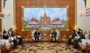 Senior General Min Aung Hlaing receives Ambassador of Laos to Myanmar H.E. Mr. Lyying Sayaxang