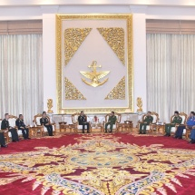 Senior General Min Aung Hlaing receives Commander-in-Chief of Royal Thai Army