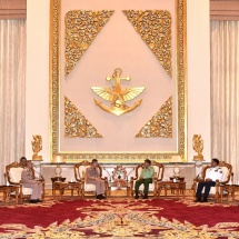 Senior General Min Aung Hlaing receives Commander-in-Chief of Royal Thai Navy Admiral Luechai Ruddit