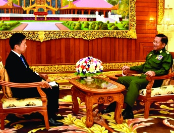 Senior General Min Aung Hlaing receives Asahi Shimbun of Japan, answers the questions