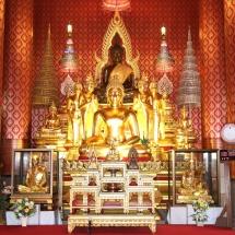 တပ္မေတာ္ကာကြယ္ေရးဦးစီးခ်ဳပ္ ဗုိလ္ခ်ဳပ္မွဴးႀကီး မင္းေအာင္လႈိင္ ဦးေဆာင္သည့္ ျမန္မာ့တပ္မေတာ္ ခ်စ္ၾကည္ေရးကိုယ္စားလွယ္အဖြဲ႕သည္ Udon Thani ခ႐ိုင္ရွိ Wat Bodhisomphon ဘုရားေက်ာင္းသို႔ သြားေရာက္ဖူးေမွ်ာ္ၾကည္ညိဳၿပီး ထိုင္းဘုရင့္တပ္မေတာ္ကာကြယ္ေရးဦးစီးခ်ဳပ္က အလုပ္သေဘာတည္ခင္း ဧည့္ခံသည့္ ဂုဏ္ျပဳညစာစားပြဲ အခမ္းအနားသို႔တက္ေရာက္(ရုပ္သံသတင္း)