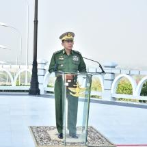 (၇၄)နှစ်မြောက်တပ်မတော်နေ့အထိမ်းအမှတ် သူရဲကောင်းဗိမာန်(နေပြည်တော်)၌ အောင်ဆန်း သူရိယဘွဲ့ရရှိသူ ၆ ဦး၏ရုပ်တုများ ဖွင့်ပွဲအခမ်းအနားကျင်းပ