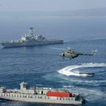 တပ်မတော်ကာကွယ်ရေးဦးစီးချုပ် ဗိုလ်ချုပ်မှူးကြီး မင်းအောင်လှိုင် စစ်ရေယာဉ်တပ်ပေါင်းစု ပင်လယ်ပြင် စစ်ဆင်မှုလေ့ကျင့်ခန်း(Combined Fleet Exercise-Sea Shield 2019)သို့ တက်ရောက်ကြည့်ရှု(ရုပ်သံသတင်း)