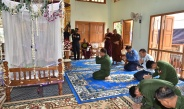 Senior General Min Aung Hlaing pays homage to remains of lifelong Gainghtauk Abbot Bhaddanta Kovida