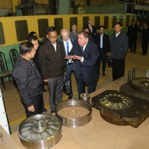 Senior General Min Aung Hlaing visits OJSC Muromteplovoz Factory, goes by special express train from Moscow to Saint Petersburg