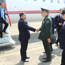 Senior General Min Aung Hlaing visits Anshun, proceeds to Guiyang by high-speed train