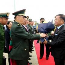 တပ်မတော်ကာကွယ်ရေးဦးစီးချုပ် ဗိုလ်ချုပ်မှူးကြီး မင်းအောင်လှိုင်ဦးဆောင်သည့် မြန်မာ့တပ်မတော် ချစ်ကြည်ရေးကိုယ်စားလှယ်အဖွဲ့ တရုတ်ပြည်သူ့သမ္မတနိုင်ငံ သို့ချစ်ကြည်ရေးခရီးထွက်ခွာ(ရုပ်သံသတင်း)