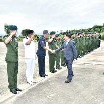 တပ်မတော်ကာကွယ်ရေးဦးစီးချုပ် ဗိုလ်ချုပ်မှူးကြီးမင်းအောင်လှိုင် ဦးဆောင်သည့် မြန်မာ့တပ်မတော် ချစ်ကြည်ရေးကိုယ်စားလှယ်အဖွဲ့ အိန္ဒိယသမ္မတနိုင်ငံသို့ ရောက်ရှိ