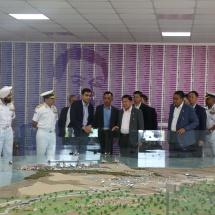 ျမန္မာ့တပ္မေတာ္ခ်စ္ၾကည္ေရးကိုယ္စားလွယ္အဖြဲ႕ မြန္ဒရာၿမဳိ႕ရွိ Adani Ports and Logistics ႏွင့္ SEZ & Solar Panel manufacturing unitသို႔ သြားေရာက္ ေလ့လာ