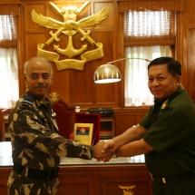 တပ်မတော်ကာကွယ်ရေးဦးစီးချုပ် ဗိုလ်ချုပ်မှူးကြီး မင်းအောင်လှိုင် ဦးဆောင်သည့် မြန်မာ့တပ်မတော် ချစ်ကြည်ရေးကိုယ်စားလှယ်အဖွဲ့ ပူနေးမြို့ရှိ National Defence Academy(NDA)သို့ ရောက်ရှိလေ့လာ (ရုပ်သံသတင်း)