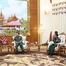 Senior General Min Aung Hlaing receives outgoing Pakistani ambassador