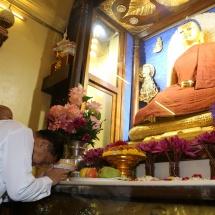 Myanmar Tatmadaw goodwill delegation visits Buddhist Park in Gaya, donates Waso robes to members of the Sangha, visits Rajgir