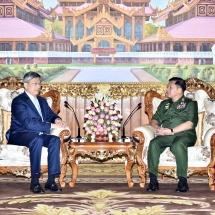 တပ်မတော်ကာကွယ်ရေးဦးစီးချုပ် ဗိုလ်ချုပ်မှူးကြီး မင်းအောင်လှိုင် မြန်မာနိုင်ငံဆိုင်ရာ တရုတ် ပြည်သူ့သမ္မတနိုင်ငံ သံအမတ်ကြီးအား လက်ခံတွေ့ဆုံ