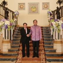 Senior General Min Aung Hlaing meets Prime Minister of Thailand
