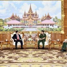 တပ်မတော်ကာကွယ်ရေးဦးစီးချုပ် ဗိုလ်ချုပ်မှူးကြီး မင်းအောင်လှိုင် မြန်မာနိုင်ငံဆိုင်ရာ ဘရူနိုင်း ဒါရုဆလမ်နိုင်ငံ သံအမတ်ကြီးအား လက်ခံတွေ့ဆုံ
