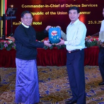 Senior General Min Aung Hlaing hosts dinner in honour of goodwill delegation led by Chief of General Staff of Vietnam People's Army Senior Lieutenant General Phan Van Giang