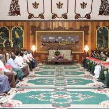 Senior General Min Aung Hlaing receives All Myanmar Tamil Hindu Foundation (Central)
