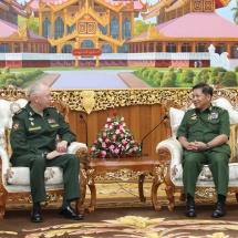 တပ်မတော်ကာကွယ်ရေးဦးစီးချုပ် ဗိုလ်ချုပ်မှူးကြီး မင်းအောင်လှိုင် ရုရှားဖက်ဒရေးရှင်းနိုင်ငံ၊ ကာကွယ်ရေးဝန်ကြီးဌာန၊ ဒုတိယဝန်ကြီးအား လက်ခံတွေ့ဆုံ (ရုပ်သံသတင်း)