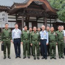 တပ်မတော်ကာကွယ်ရေးဦးစီးချုပ် ဗိုလ်ချုပ်မှူးကြီး မင်းအောင်လှိုင် ဦးဆောင်သောကိုယ်စားလှယ်အဖွဲ့ Tachikawa တပ်စခန်းသို့လေ့လာ၊ Jindaiji ဘုန်းတော်ကြီးကျောင်းသို့ သွားရောက်လေ့လာဖူးမြောကြည်ညို ခဲ့ပြီး ဂျပန်နိုင်ငံ၊ ကာကွယ်ရေးဝန်ကြီး Mr.Taro Kono နှင့်တွေ့ဆုံဆွေးနွေး(ရုပ်သံသတင်း)
