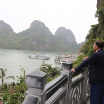 MYANMAR TATMADAW GOODWILL DELEGATION LED BY SENIOR GENERAL MIN AUNG HLAING VIEWS ROUND HA LONG BAY IN QUANG NINH PROVINCE OF VIETNAM BY CRUISE VESSEL