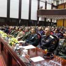 တပ်မတော်ကာကွယ်ရေးဦးစီးချုပ် ဗိုလ်ချုပ်မှူးကြီး မင်းအောင်လှိုင် ဗီယက်နမ်ဆိုရှယ်လစ် သမ္မတနိုင်ငံ၏ (၃၀)နှစ်မြောက်အမျိုးသားကာကွယ်ရေးနေ့နှင့် (၇၅)နှစ်မြောက် ဗီယက်နမ် ပြည်သူ့ တပ်မတော်တည်ထောင်သည့်နေ့အခမ်းအနားသို့ တက်ရောက်