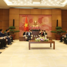 SENIOR GENERAL MIN AUNG HLAING PAYS CALLS ON PRESIDENT OF THE NATIONAL ASSEMBLY AND DEFENCE MINISTER OF VIETNAM SEPARATELY
